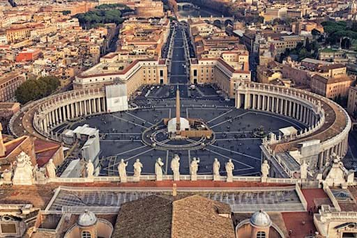 Panoramic shot St. Peter's square
