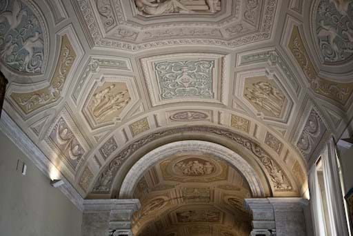 Ceiling tapestry room Vatican Museums