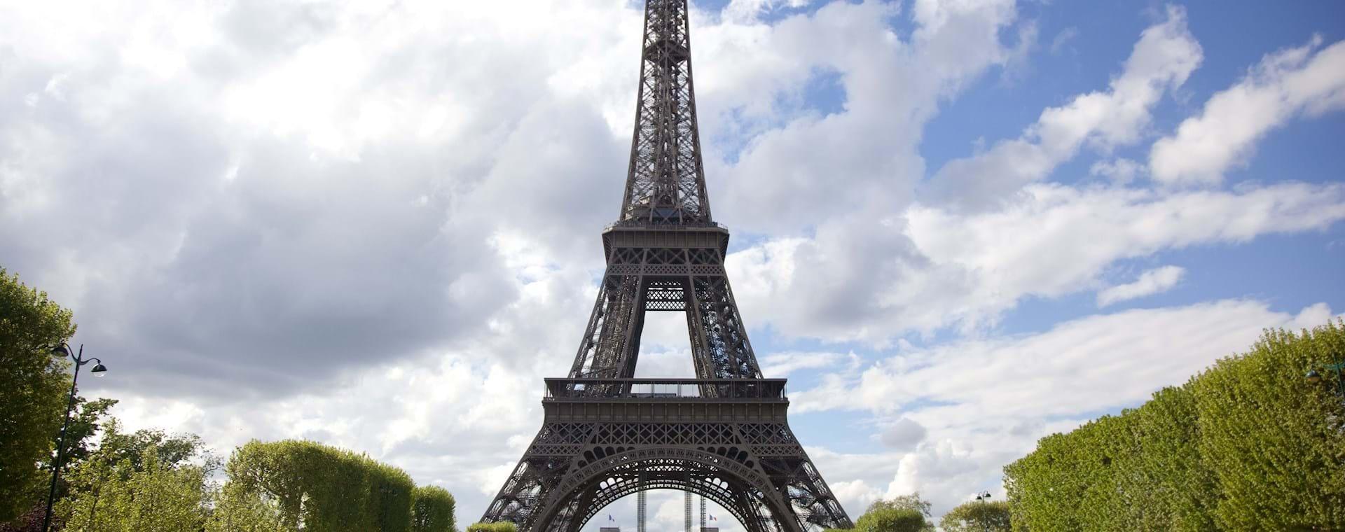 Eiffel Tower Tour & Seine River Cruise