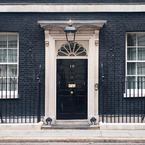 10 Downing Street Tour: London Monument Sights Walking Tour