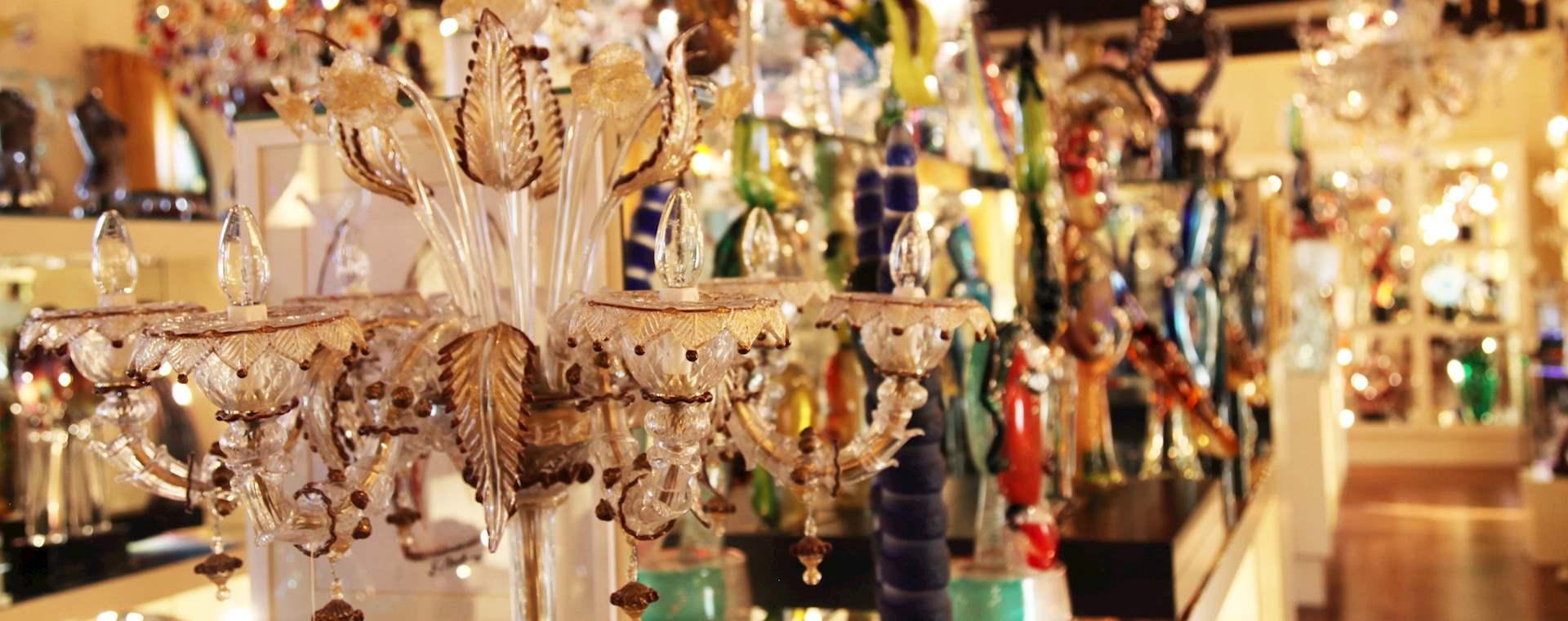 Private Venetian Island Tour: Murano Glassblowing & Burano Lacemaking