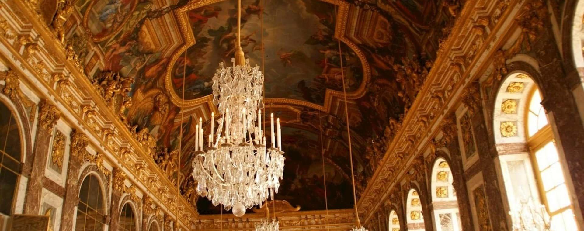 Tour Palacio y Jardines de Versalles con Espectáculo de Fuentes desde París