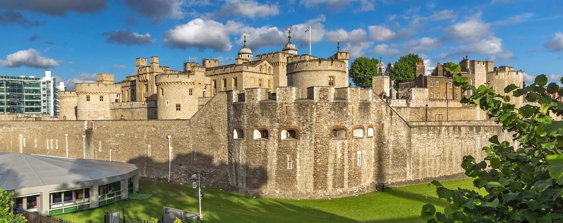 Full-Day Combo: Best of Royal London with Tower of London Early Access & Changing of the Guard