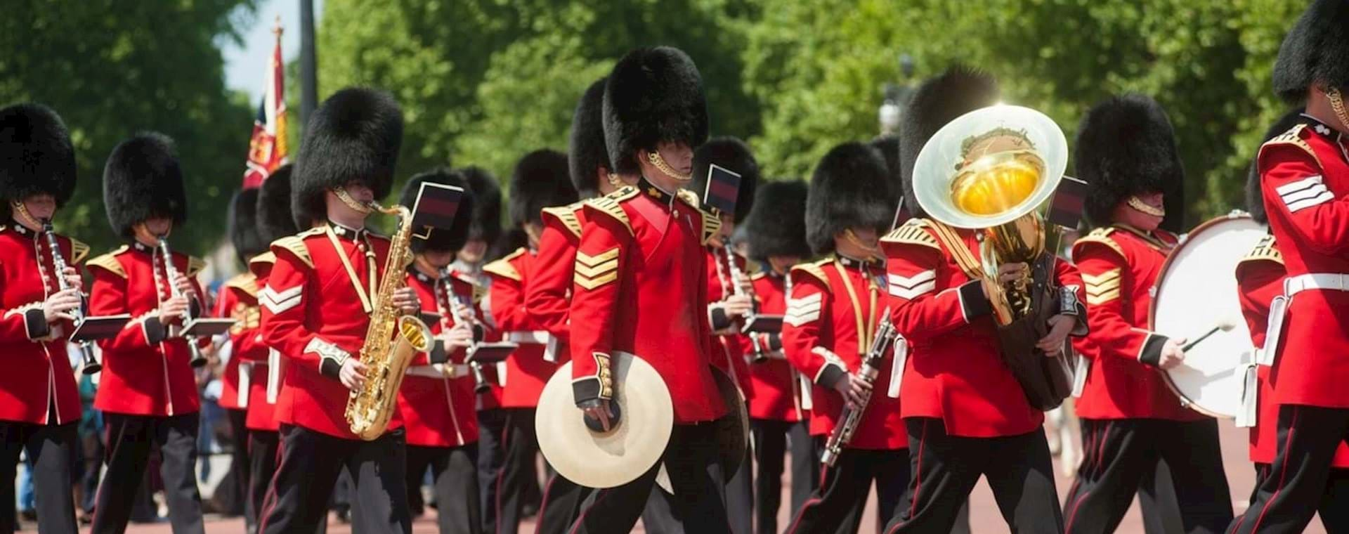 Changing of the Guard with Expert Commentary & Royal Walking Tour