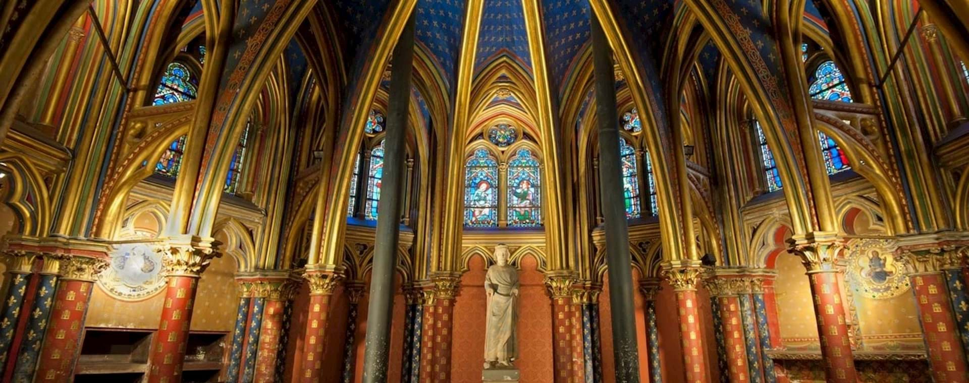 Notre Dame Island with Sainte Chapelle & Historic Medieval Paris Walking Tour