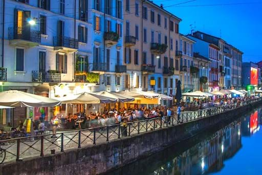 Naviglio Pavese Restaurants Night