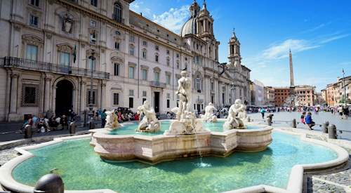Discover with City Wonders one of the most beautiful squares in Rome, Piazza Navona