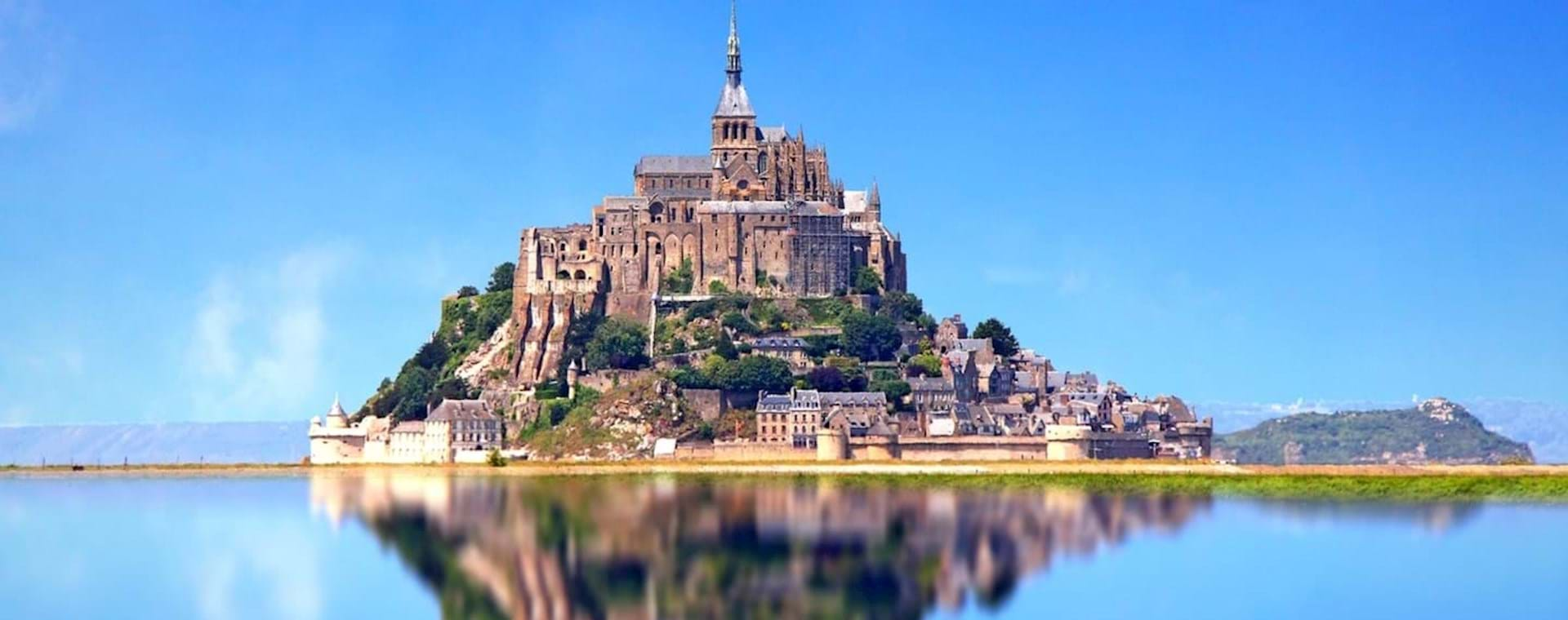 Fully Guided Mont Saint Michel Day Trip from Paris