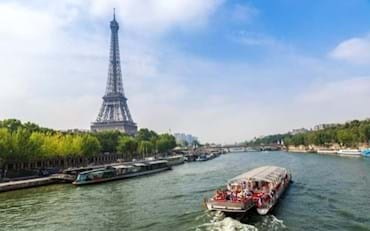 Eiffel Tower with cruise