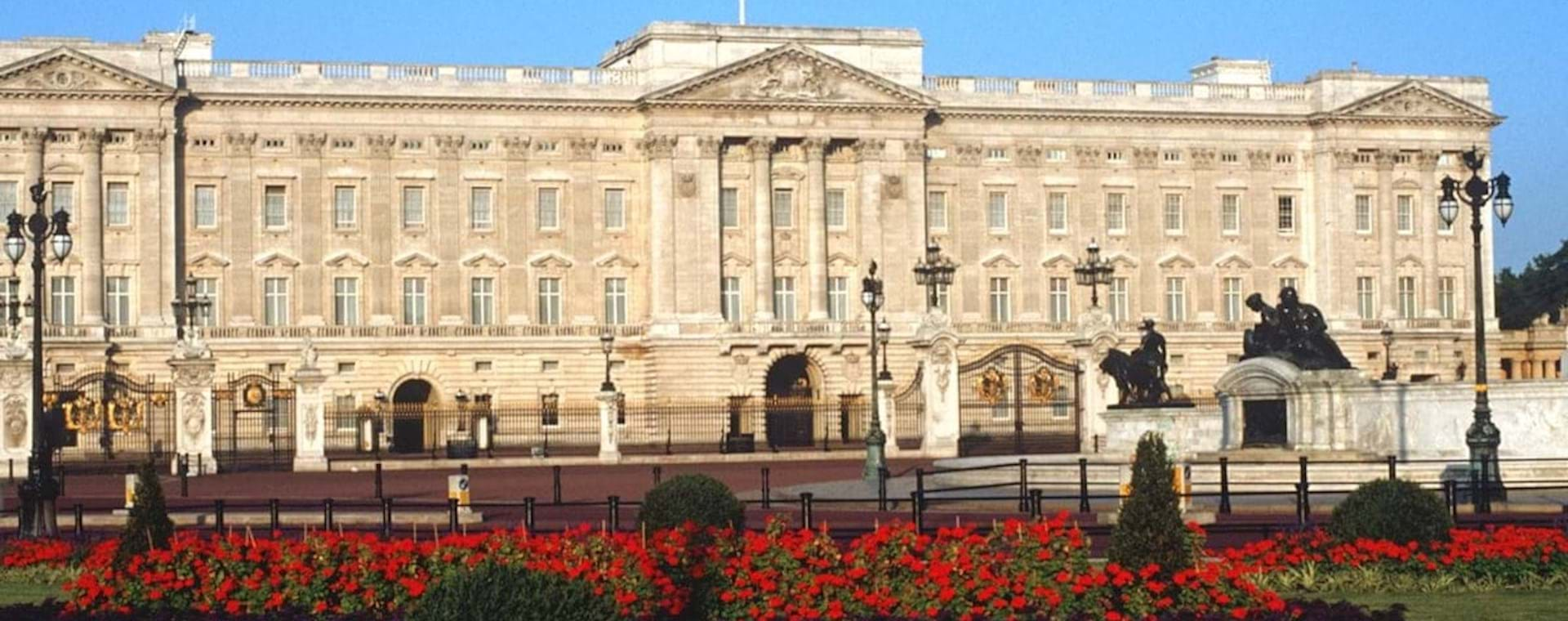 Buckingham Palace with Red Flowers