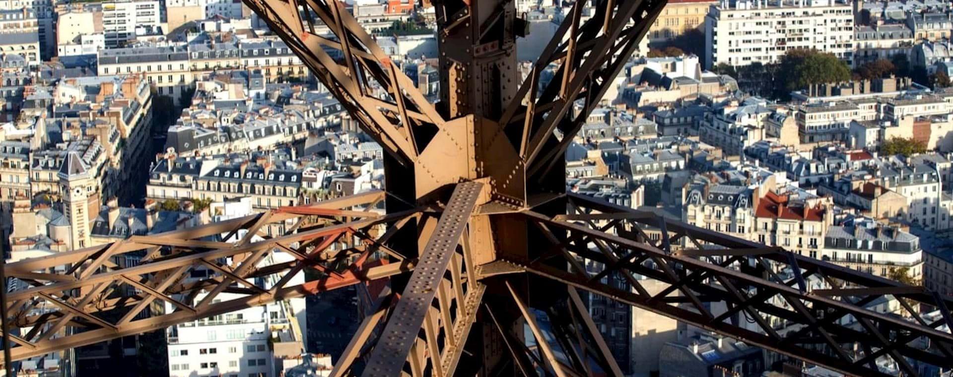 Subida a la Cima de la Torre Eiffel