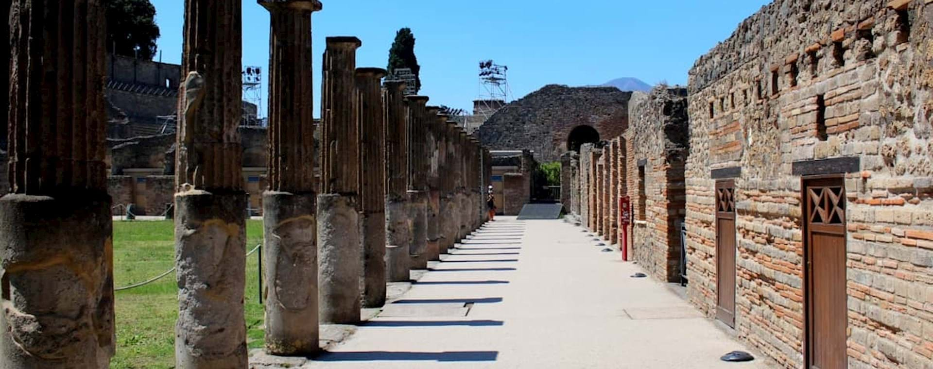 Pillar walkway in Pompeii