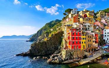 Beautiful day at Riomaggiore town in the Cinque Terre Region, Italy
