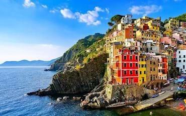 Beautiful day at Riomaggiore town in the Cinque Terre Region, Italy