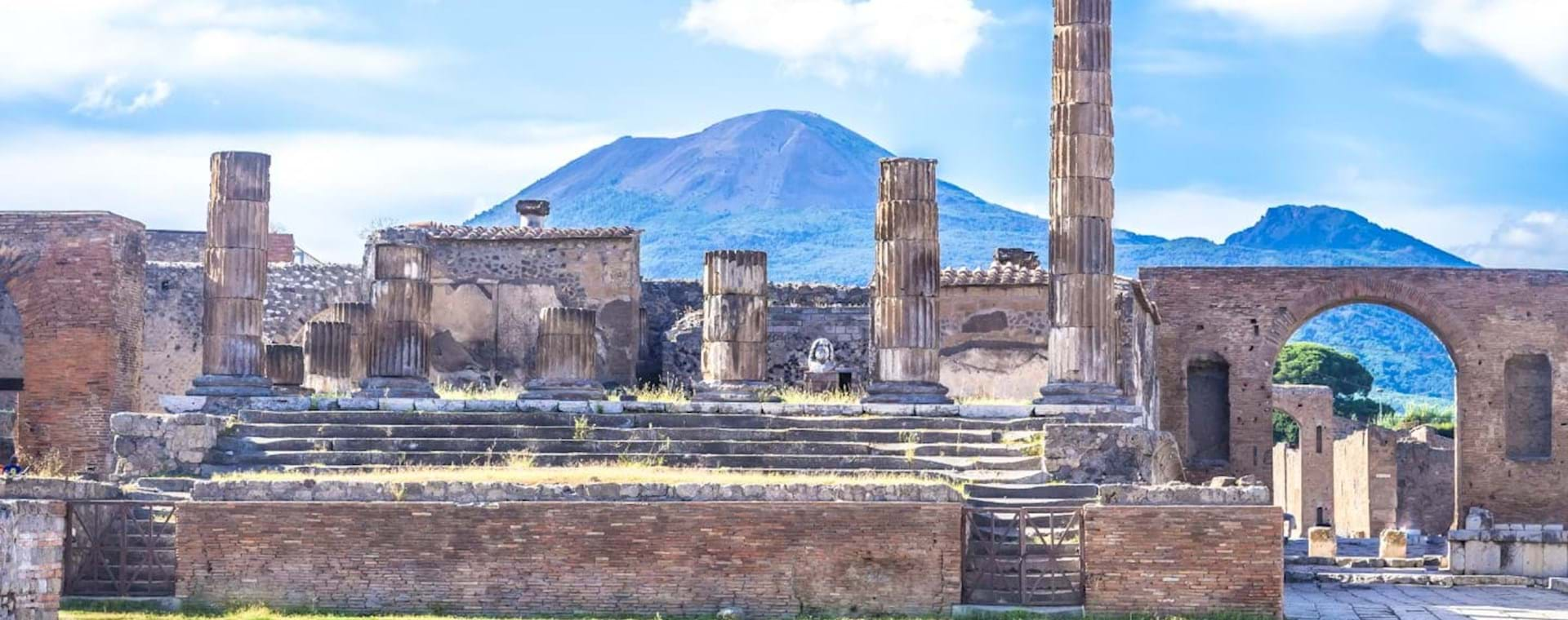 Day Trip: Pompeii & Mt. Vesuvius Volcano from Rome