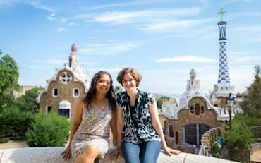 Tourists taking a picture at Park Güell in Barcelona