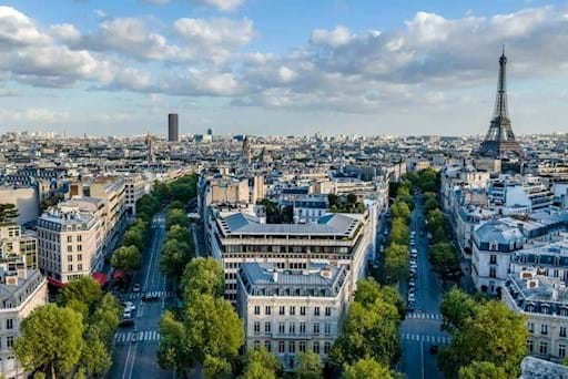 Stunning view of Paris from the top of the Arc de Triomphe