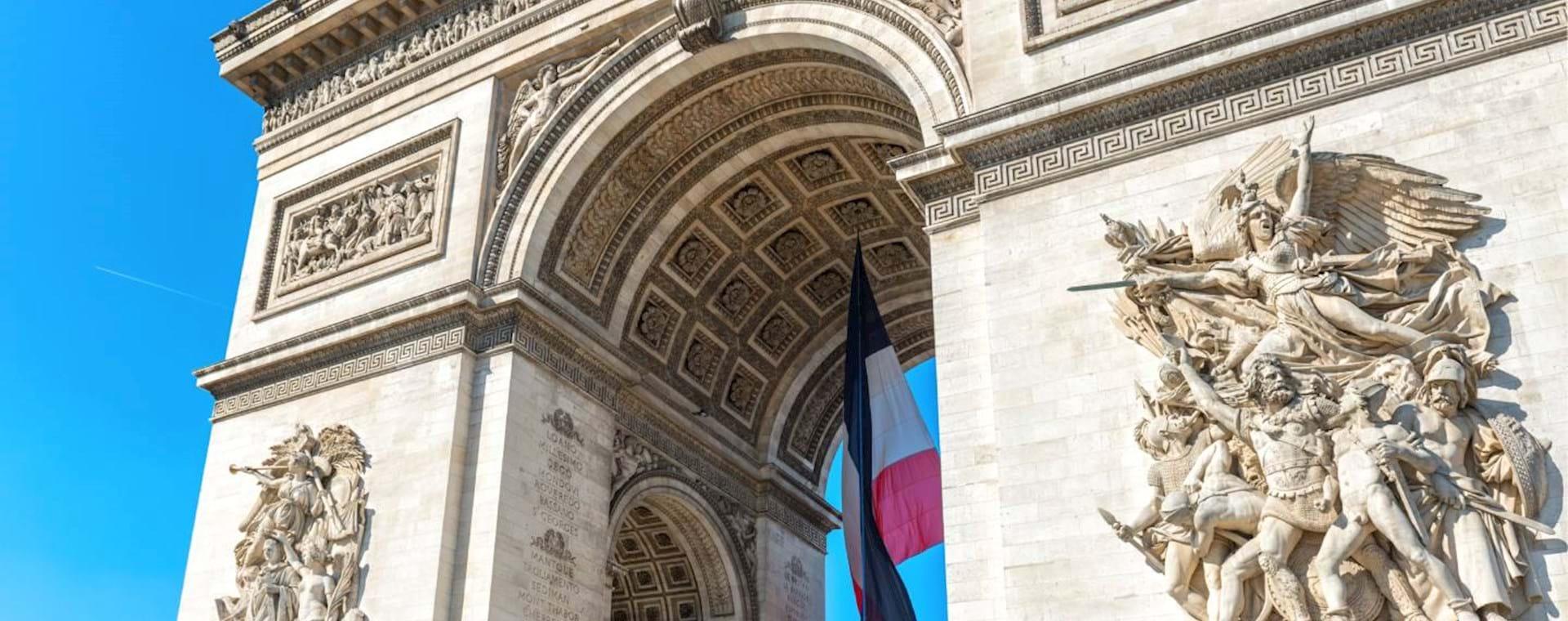 Arc de Triomphe & Champs-Élysées: Sunset Guided Tour