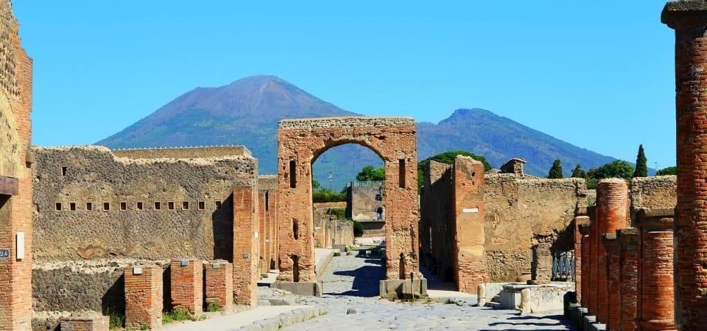 Pompeii & Amalfi Tours