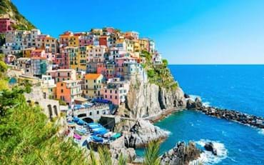Stunning view of the wondeful town of Manarola in Italy
