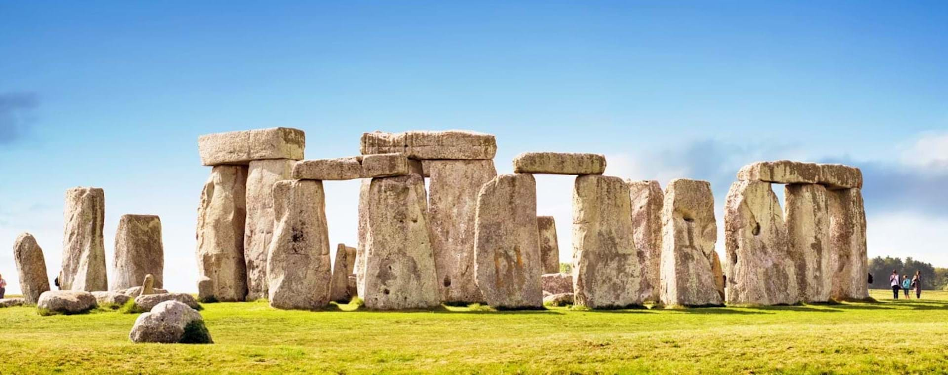 Day Trip: Stonehenge, Windsor and Bath from London