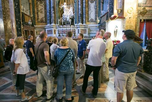 Guided tour inside Santa Maria della Vittoria Church