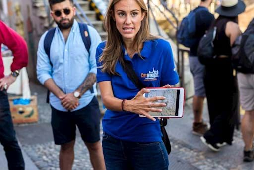 Tourist guide in Milan during a tour of the city