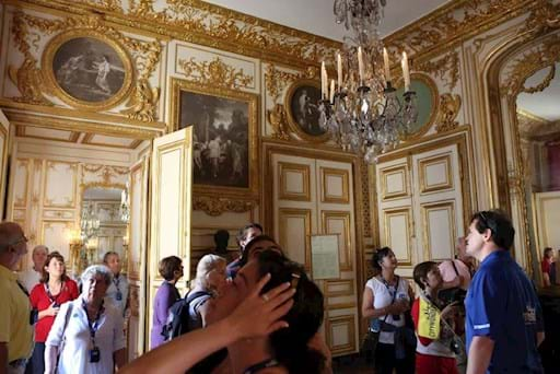 Guided visit inside Versailles Palace