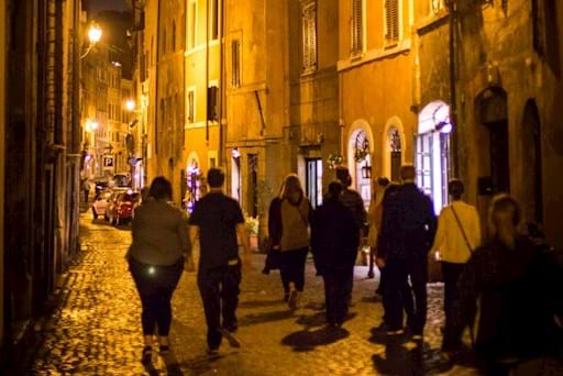walking tour of Rome by night