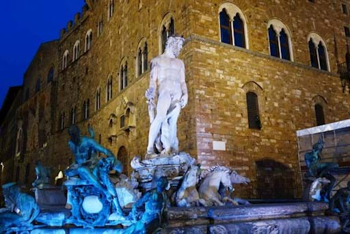 Fountain of Neptune in Piazza della Signoria at night