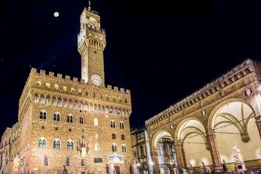 Piazza della Signoria at night with Palazzo Vecchio