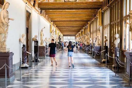 Corridor inside the Uffizi Gallery