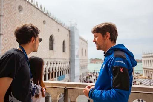 guided tour inside st mark basilica