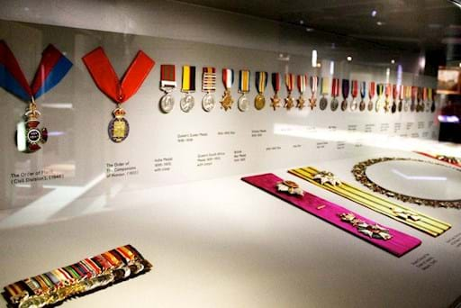 Medals exposition at the Churchill war room Museum