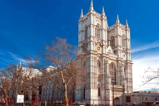 Front view of Westminster Abbey on a sunny day