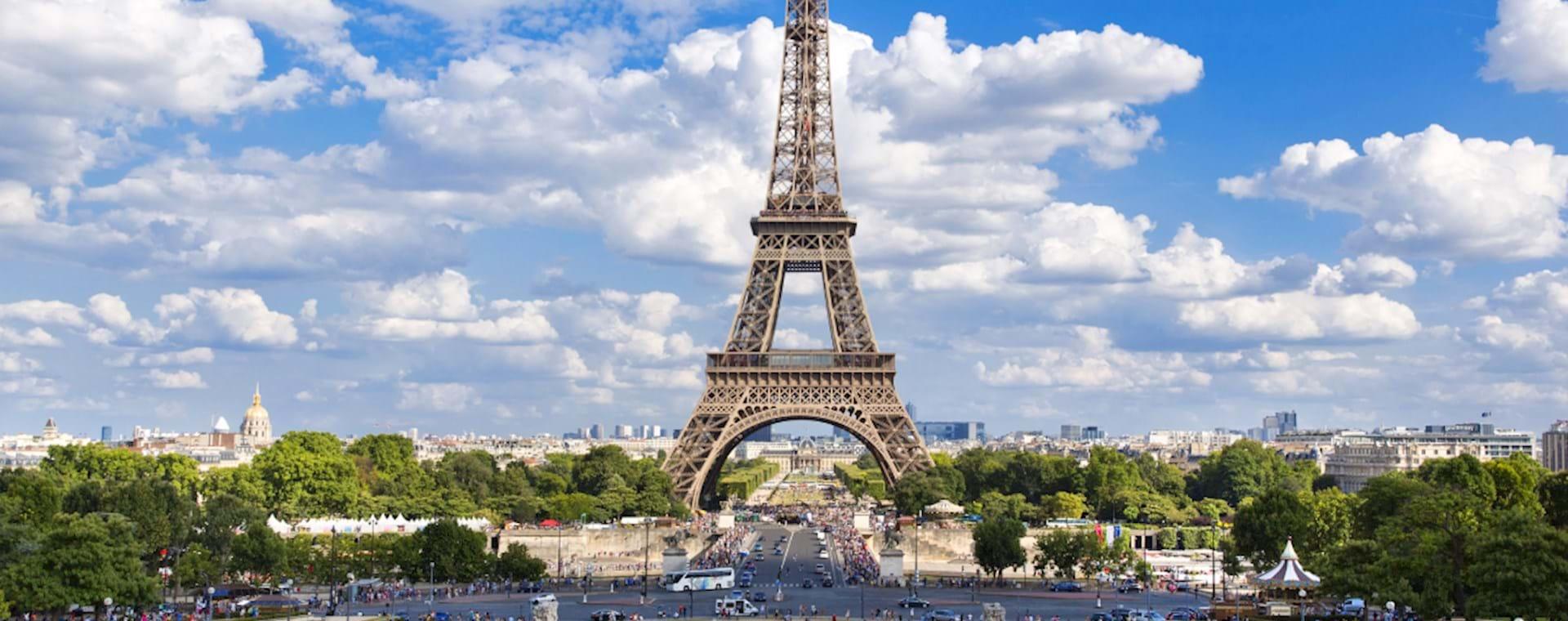 View Eiffel Tower from Palais de Chaillot